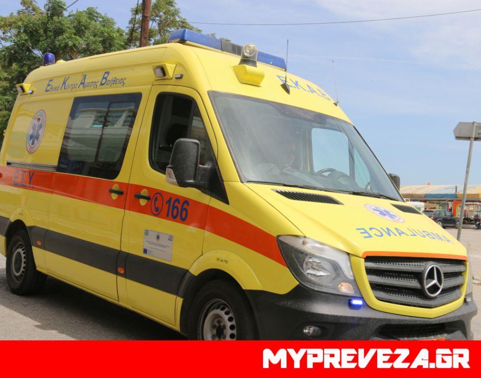 Πρέβεζα : Μεθυσμένος τράκαρε αυτοκίνητο και εγκατέλειψε τον τραυματία οδηγό του
