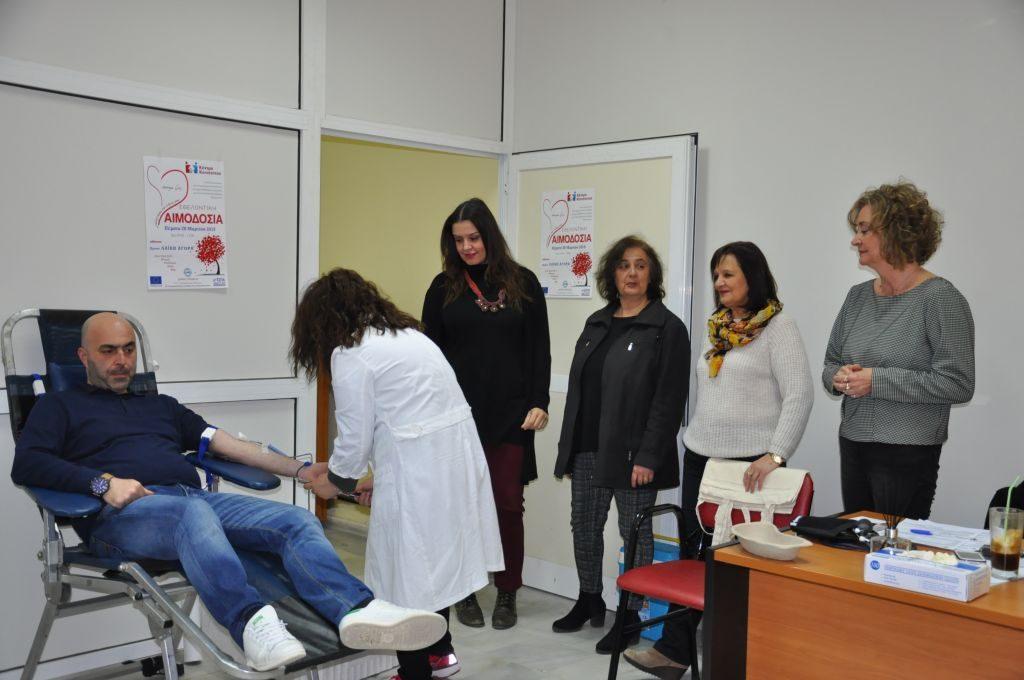 Πρέβεζα: Εθελοντική αιμοδοσία από τον Δήμο και το Νοσοκομείο Πρέβεζας στον χώρο της Λαϊκης Αγοράς