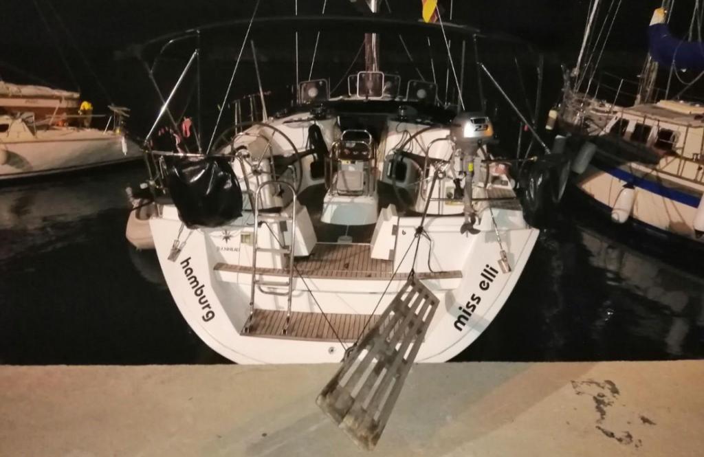 Πρέβεζα: Απαγόρευση απόπλου σε σκάφος για παράνομη ναύλωση στην Πρέβεζα