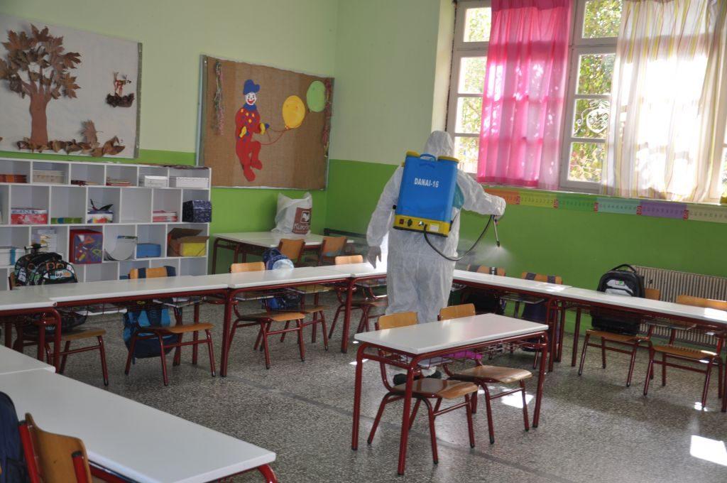 Πρέβεζα: Απολυμάνσεις σε όλα τα σχολεία ξεκινά ο Δήμος της Πρέβεζας (photos)