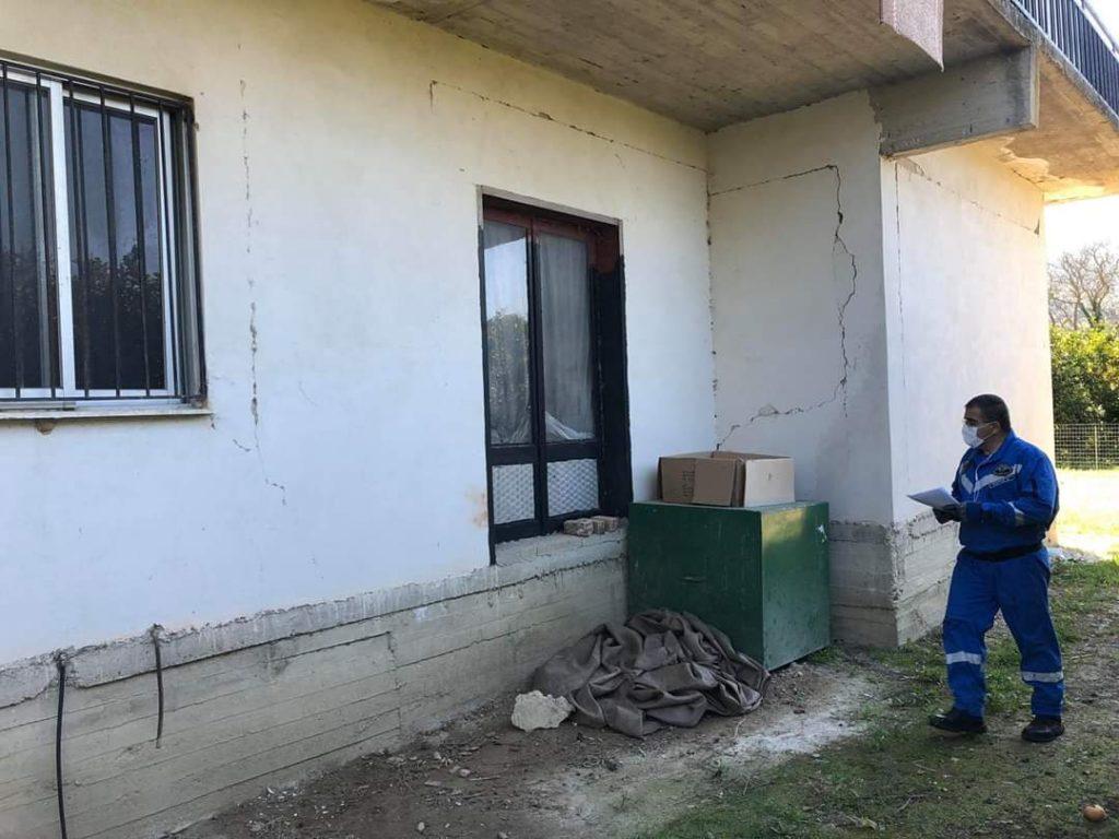Πρέβεζα: Άμεση η κινητοποίηση της Λέσχης Ελλήνων Καταδρομέων Ν. Πρέβεζας μετά το σεισμό που προκάλεσε σοβαρές ζημιές στο Καναλλάκι