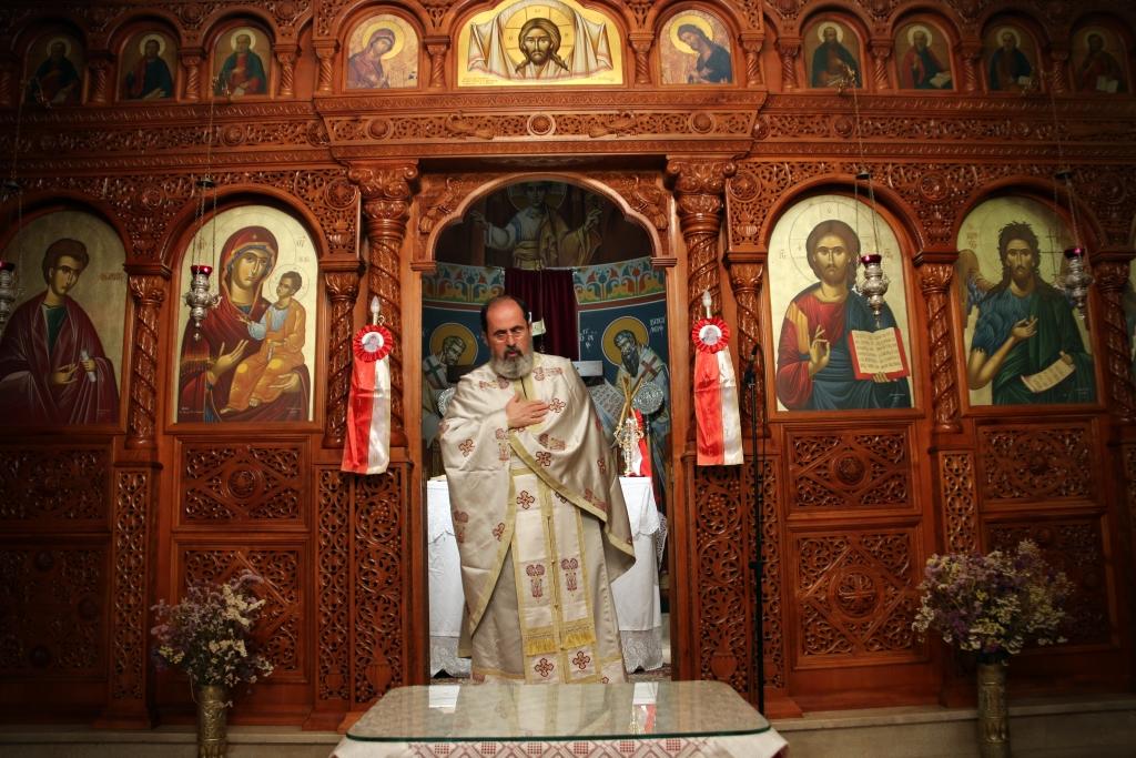 Χριστός Ανέστη – Οι καμπάνες στον Άγιο Θωμά Πρέβεζας ήχησαν και ο ουρανός φωτίστηκε από τα πυροτεχνήματα