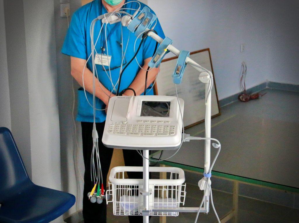 Πρέβεζα: Η οικογένεια της Δήμητρας Καστάνη δώρισε ένα σύγχρονο ηλεκτροκαρδιογράφο στο Νοσοκομείο Πρέβεζας