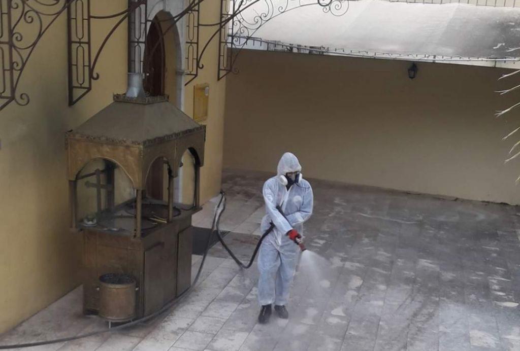 Πρέβεζα: Απολυμάνσεις στους εξωτερικούς χώρους των ναών με την συνδρομή της Λ.Ε.Κ Πρέβεζας