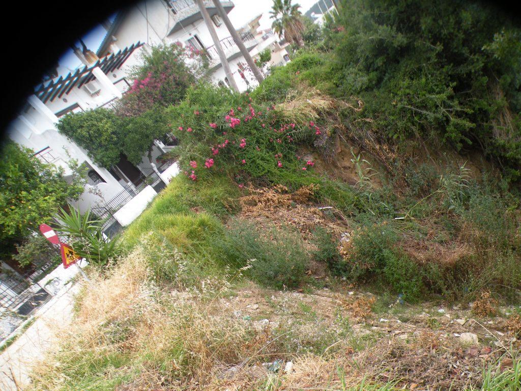Πρέβεζα: Παραμένει άφτιαχτος και επικίνδυνος ο δρόμος στην Παραλία της Καστροσυκιάς