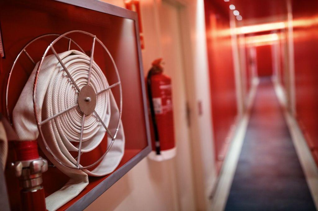 Εγκρίθηκε έργο πυροπροστασίας για τα σχολικά κτίρια του Δήμου Ζηρού