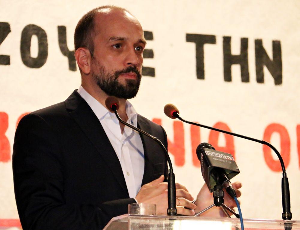 Κώστας Μπάρκας: Ερώτηση για τη διατήρηση αυστηρών περιορισμών εισόδου στην Ελλάδα, σε πολίτες και μόνιμους κάτοικους Αλβανίας