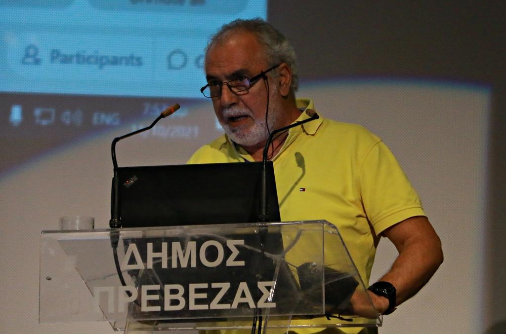 Πρέβεζα : Εν μέσω χειροκροτημάτων η τοποθέτηση του Μιχάλη Διακομιχάλη για το τμήμα Λογιστικής